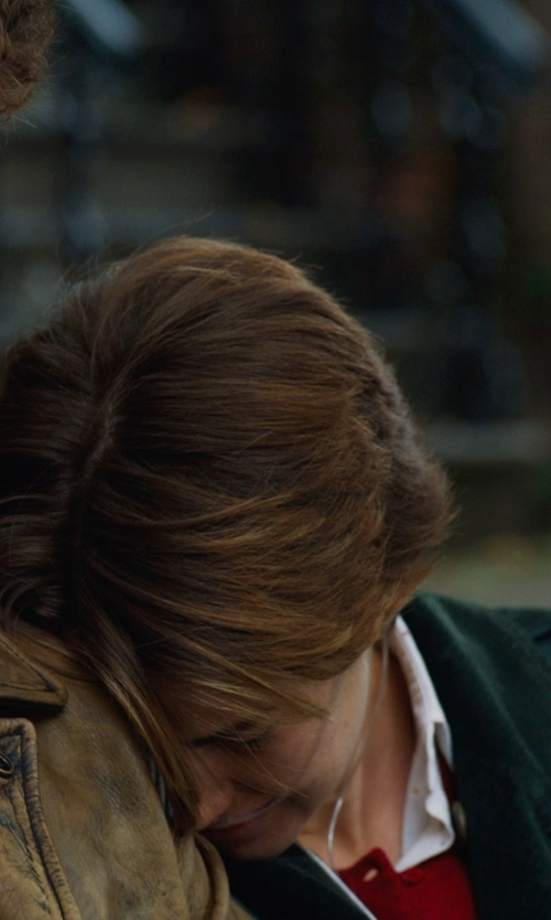 Shailene Woodley with Brooks Brothers CORDUROY BUTTON-DOWN SHIRT in The Fault In Our Stars