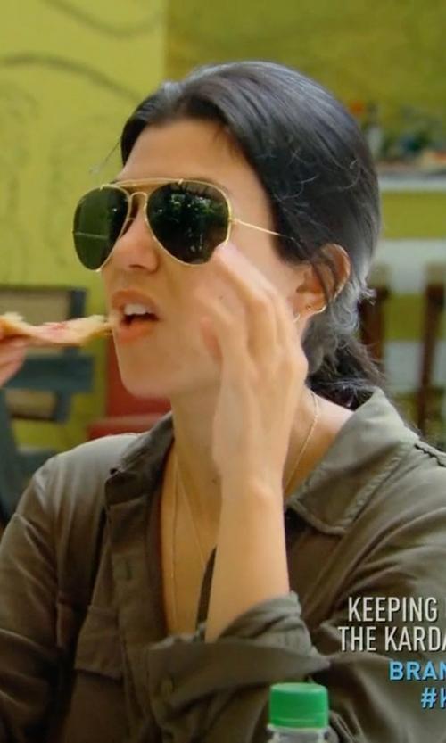 Kourtney Kardashian with Ray-Ban Outdoorsman II Sunglasses in Keeping Up With The Kardashians