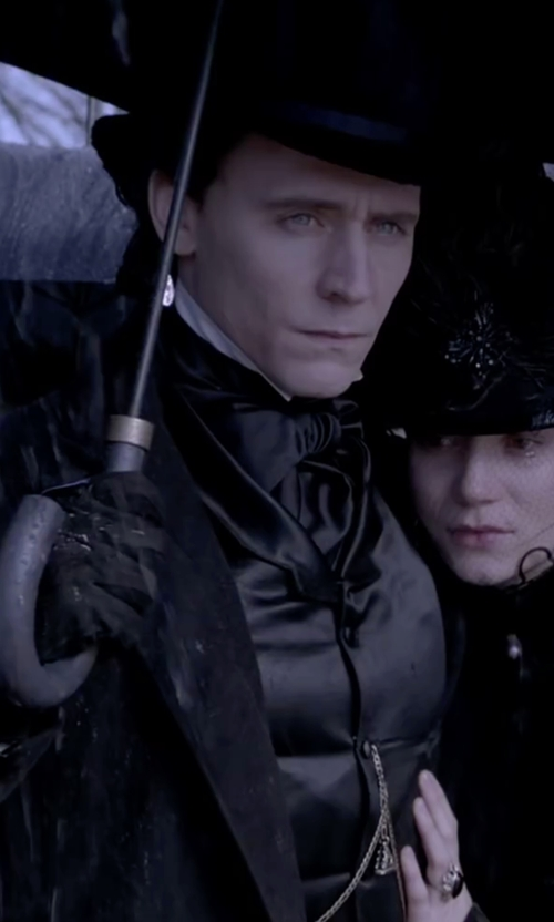 Tom Hiddleston with Tonello Single Breasted Vest in Crimson Peak