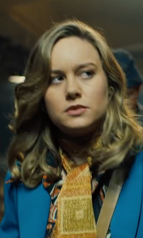 Brie Larson with NY Collection Printed Utility Shirt in Free Fire