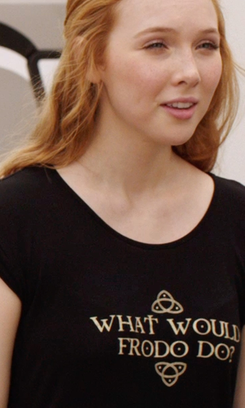 "Molly C. Quinn with Shay Cunliffe (Costume Designer) Custom Made ""What Would Frodo Do?"" Shirt in We're the Millers"