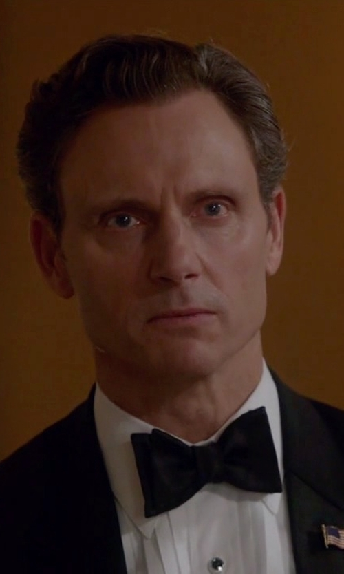 Tony Goldwyn with Armani Collezioni Plain Silk Bowtie in Scandal