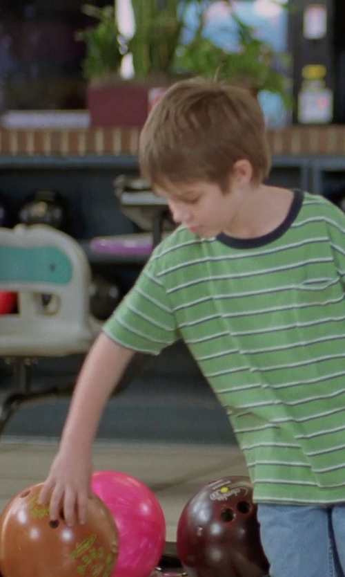 Ellar Coltrane with Ebonite Magnum Polyester Bowling Ball in Boyhood