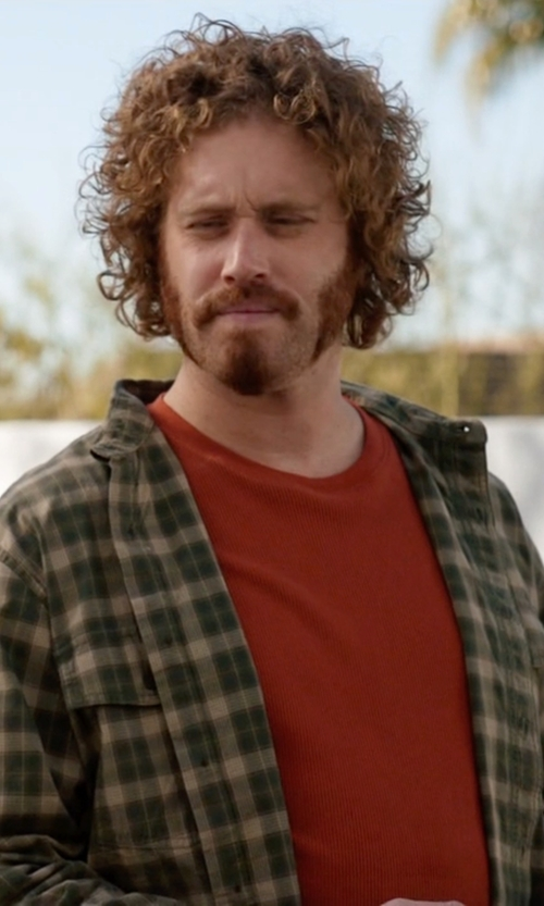 T.J. Miller with Pendleton Men's Sir Shirt in Silicon Valley