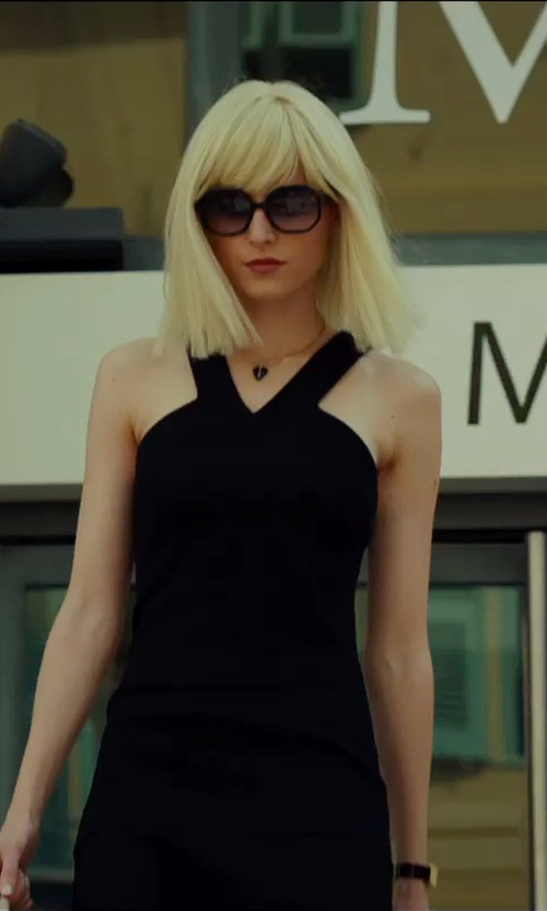 Loan Chabanol with David Yurman Point Pendant Black Onyx Necklace in The Transporter: Refueled