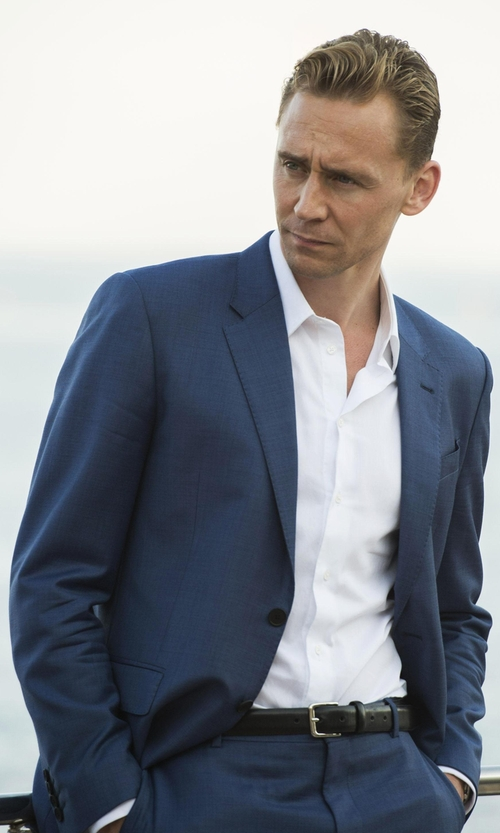 Tom Hiddleston with Tom Ford O'Connor Base Sharkskin Two-Piece Suit in The Night Manager