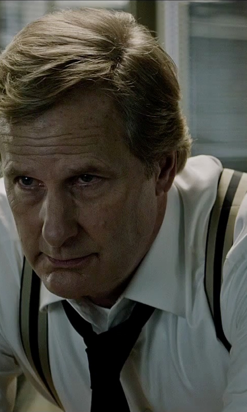 Jeff Daniels with DKNY Sexy Solid Slim Tie in The Martian