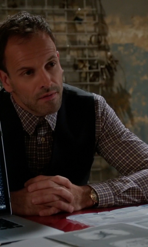 Jonny Lee Miller with Cego Custom Made Check Shirt in Elementary