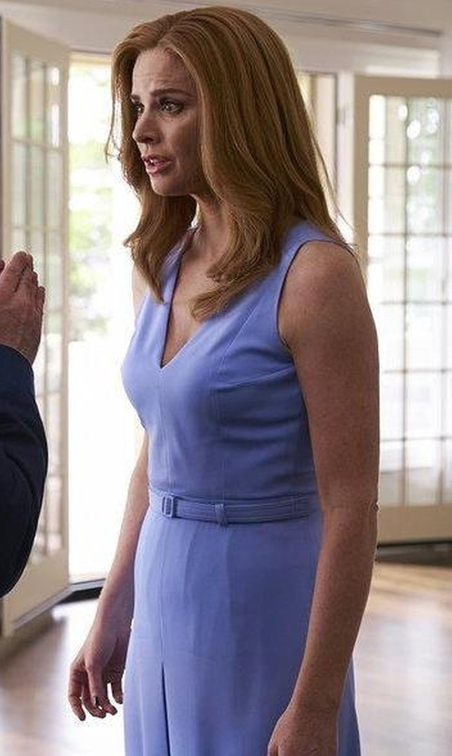Sarah Rafferty with Gucci Backless Silk Crepe Halterneck Dress in Suits