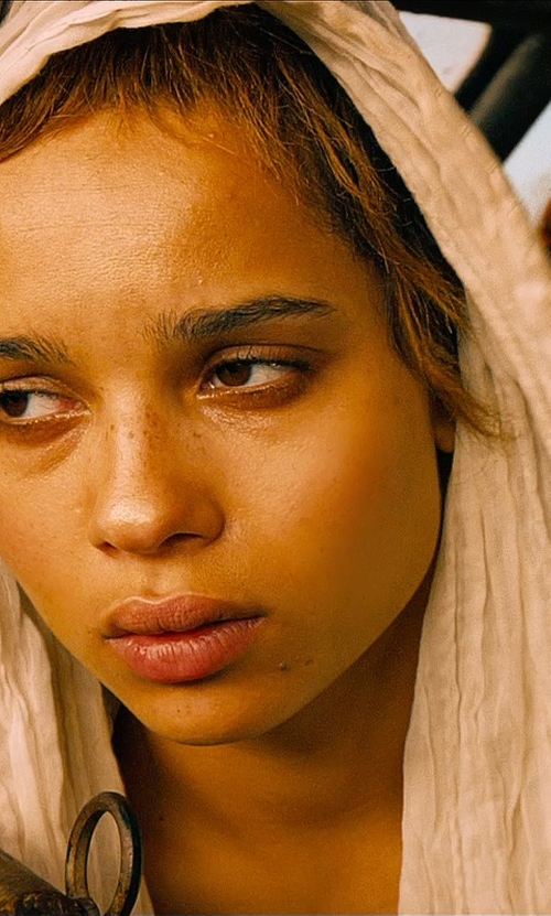 Zoë Kravitz with Noir & Blanc Plain Weave Linen Scarf in Mad Max: Fury Road