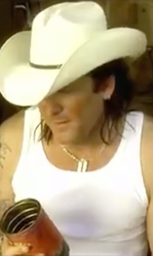 Michael Madsen with Bling Jewelry Dog Tag Pendant Necklace in Kill Bill: Vol. 2