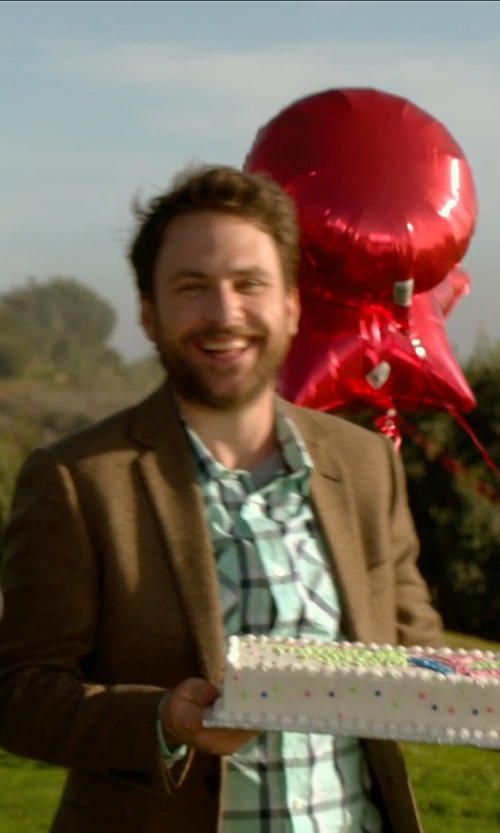 Charlie Day with Special Blend Hawthorne Plaid Shirt in Horrible Bosses 2