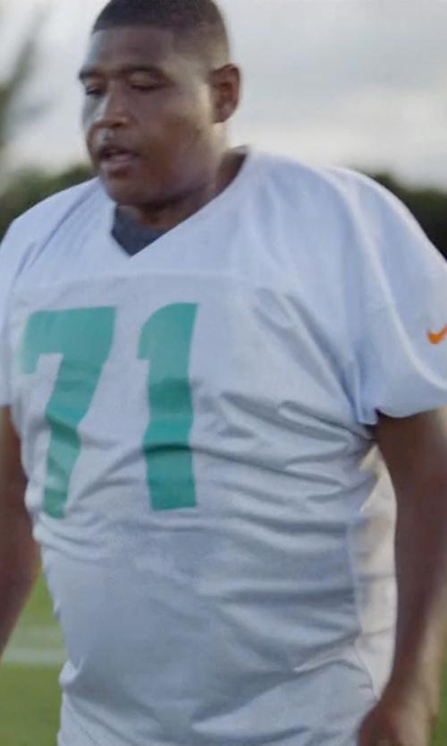 Omar Benson Miller with Nike Vapor Dri-Fit Short-Sleeve Tee Shirt in Ballers