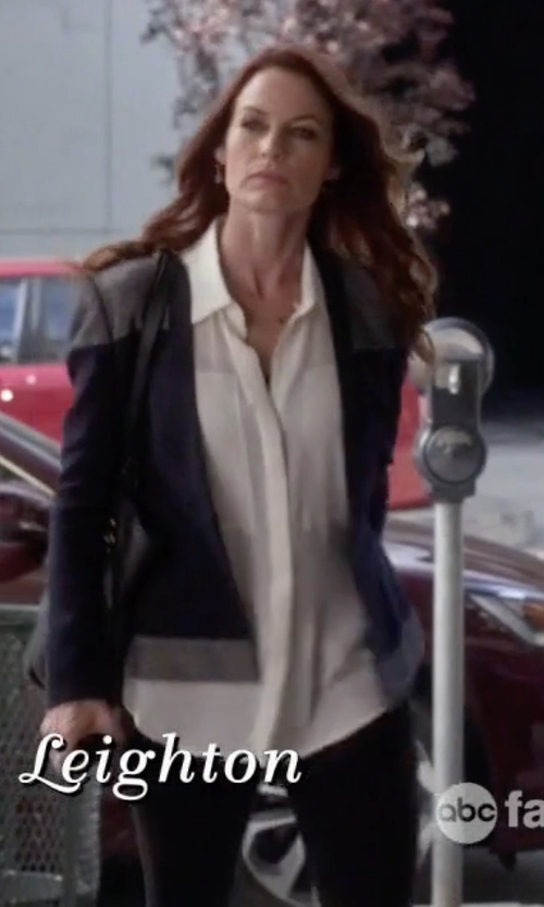 Laura Leighton with Theory High-Rise Stretch-Wool Skinny Pants in Pretty Little Liars
