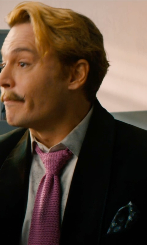 Johnny Depp with Etro Print Silk Pocket Square in Mortdecai