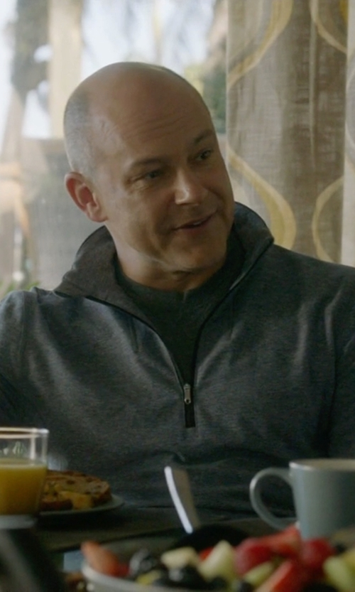 Rob Corddry with Polo Ralph Lauren Waffle-Knit Thermal T-Shirt in Ballers