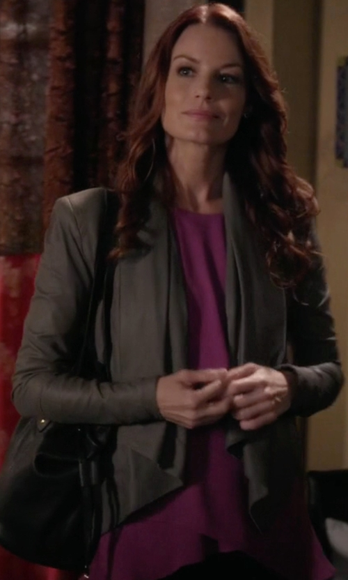 Laura Leighton with BCBGMAXAZRIA Stone Grey Leather Drape Front Jacket in Pretty Little Liars