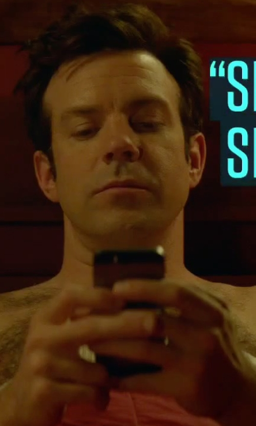 Jason Sudeikis with Apple iPhone 5 Smartphone in Sleeping with Other People