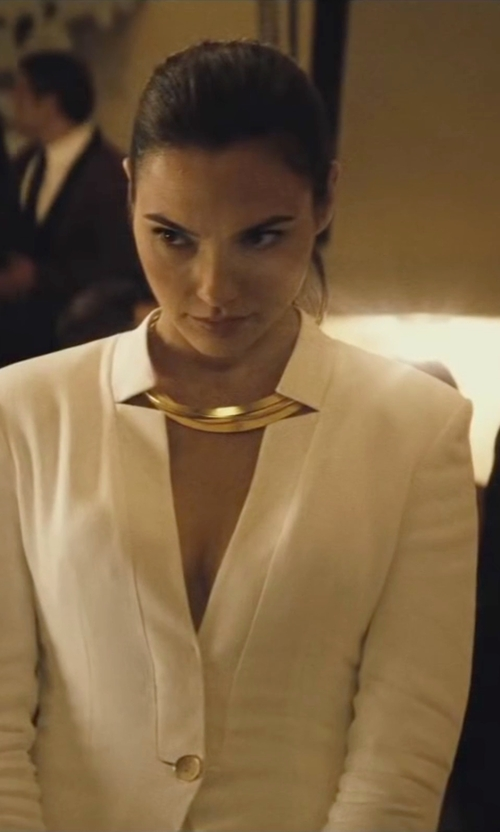 Gal Gadot with Kenneth Jay Lane Cutout Golden Collar Necklace in Batman v Superman: Dawn of Justice