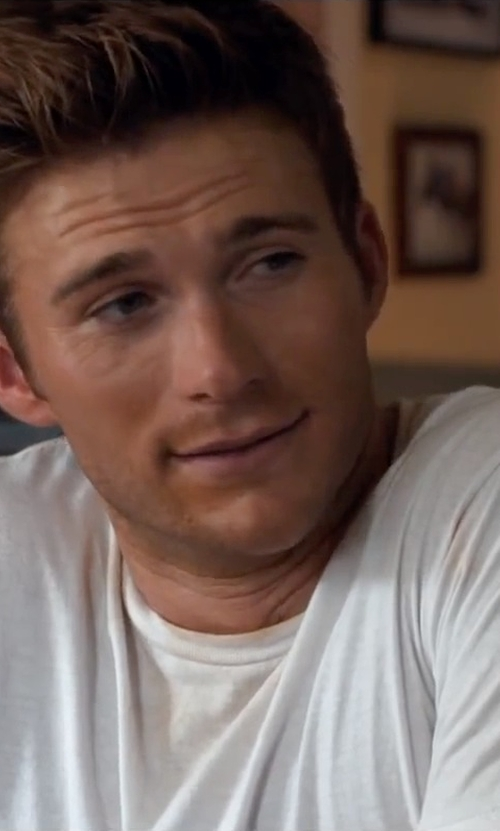 Scott Eastwood with Standard James Perse Crew Neck T-Shirt in The Longest Ride