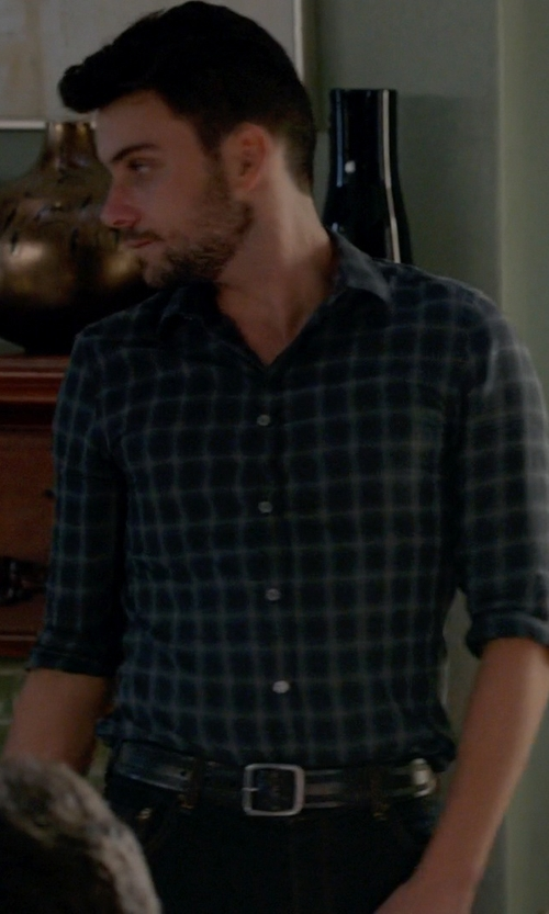Jack Falahee with Banana Republic Tailored Slim-Fit Check Oxford Shirt in How To Get Away With Murder