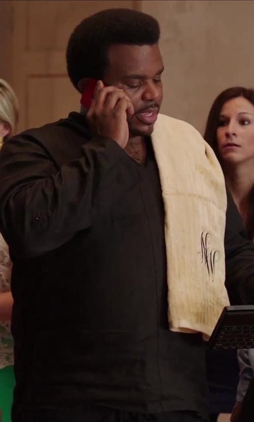 "Craig Robinson with Avanti Premier Gold Script Monogram Letter ""N"" Bath Towel In Ivory in Hot Tub Time Machine 2"