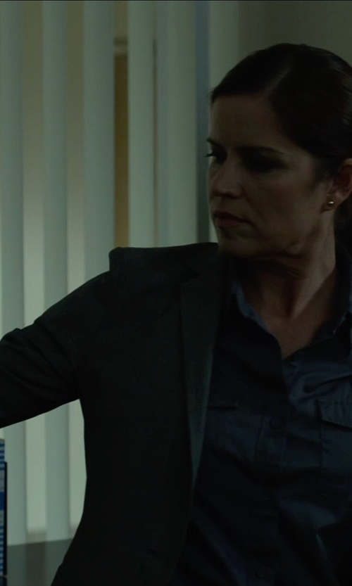 Kim Dickens with Equipment Brett Shirt in Gone Girl