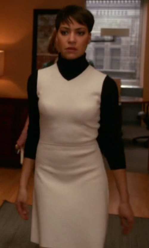 Cush Jumbo with Theory Myrelle Turtleneck Sweater Dress in The Good Wife