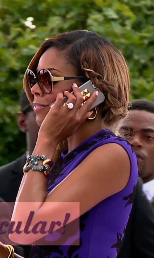 Gabrielle Union with Apple iPhone 5 in Top Five