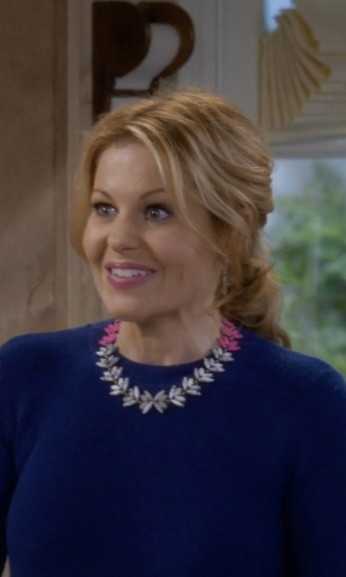 Candace Cameron Bure with BaubleBar 'Botanica' Crystal Collar Necklace in Fuller House