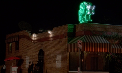 No Actor with The Griffin Bar Los Angeles, California in New Girl