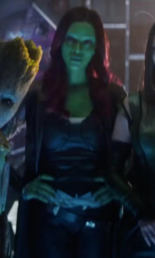 Zoe Saldana with Hot Toys Masterpiece Gamora 1:6 Collectible Figure in Avengers: Infinity War