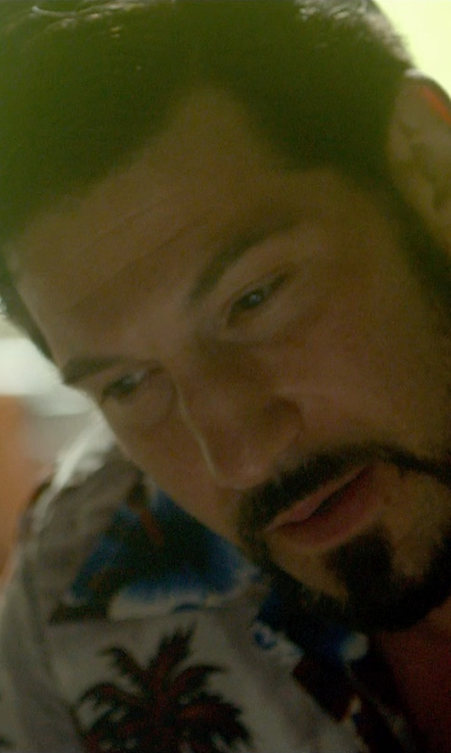 Jon Bernthal with Havanera Short Sleeve All Over Floral Print Shirt in Me and Earl and the Dying Girl