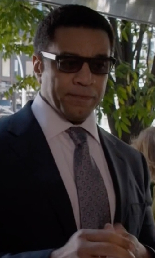 Harry Lennix with Brooks Brothers Medallion Tie in The Blacklist