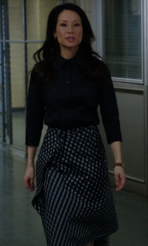 Lucy Liu with Blugirl Blumarine Knee Length Skirt in Elementary