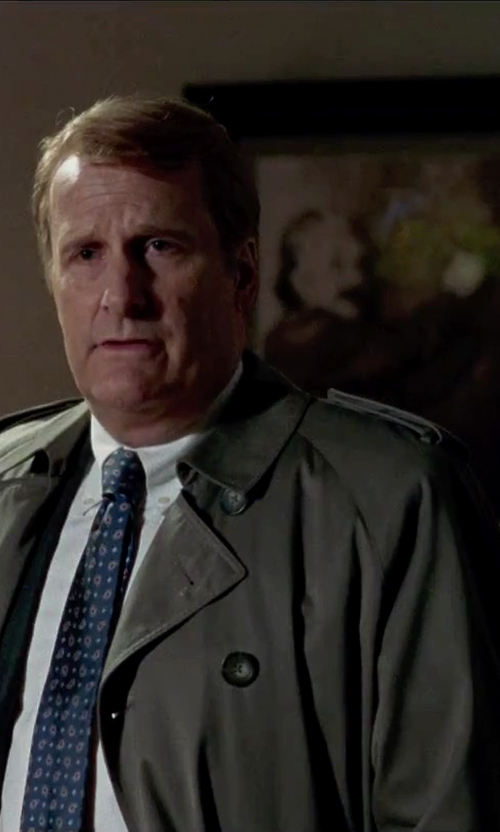 Jeff Daniels with Tom Ford Trench Coat in Steve Jobs