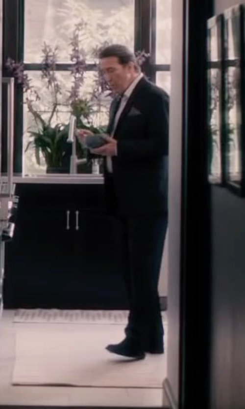 Ciarán Hinds with Hickey Freeman Regular-Fit Wool Twill Two-Button Suit in The Disappearance of Eleanor Rigby