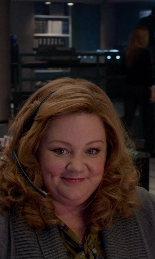 Melissa McCarthy with Willow & Clay Open-Front Knit Cardigan in Spy