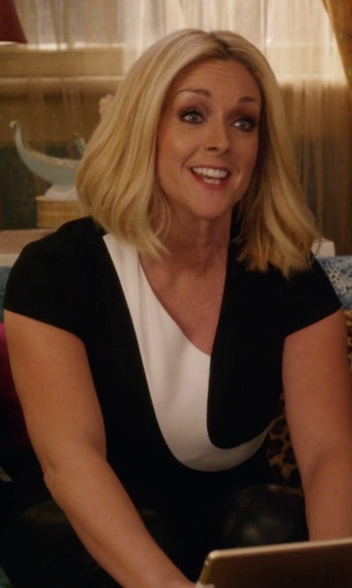 Jane Krakowski with Roland Mouret Kiff Colorblock Top in Unbreakable Kimmy Schmidt