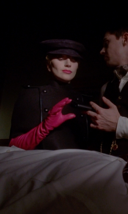 Lady Gaga with Les Debutantes Leather Evening Opera Gloves in American Horror Story