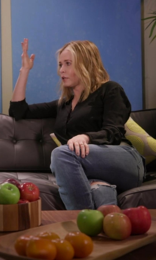 Chelsea Handler with Michael Michael Kors Solid Hi-Lo Button Down Blouse in Chelsea