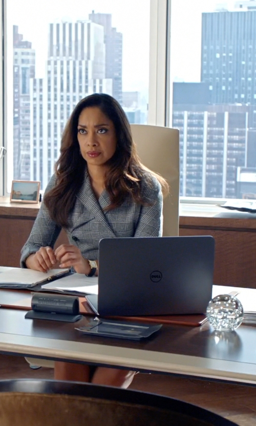 Gina Torres with Dell Inspiron Series 7548 Touchscreen Laptop in Suits