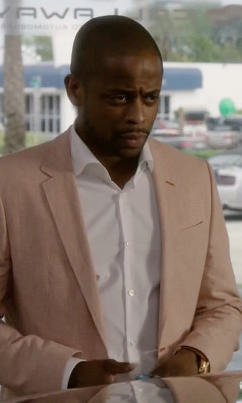 Dulé Hill with Brooks Brothers Solid Non–Iron Dress Shirt in Ballers
