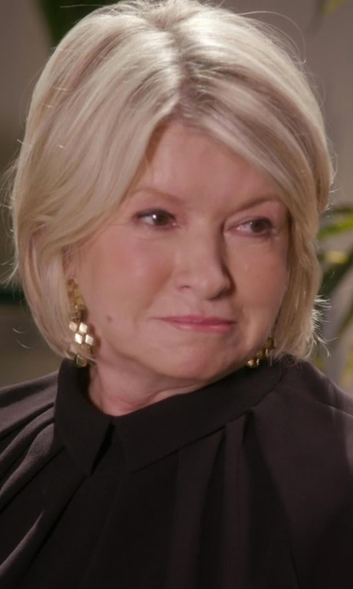 Martha Stewart with Noir Jewelry Adirondack Earrings in Chelsea