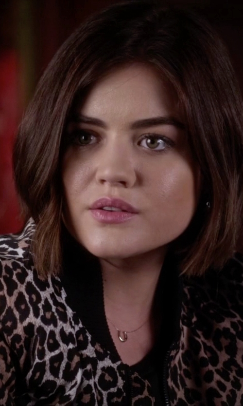 Lucy Hale with SHY by Sydney Evan Horseshoe & Single-Diamond Necklace in Pretty Little Liars