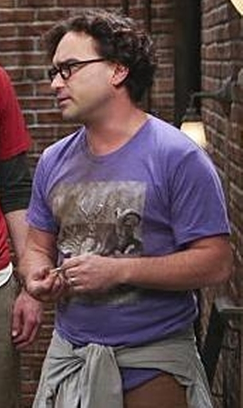 Johnny Galecki with Stone Island Front Print T-Shirt in The Big Bang Theory