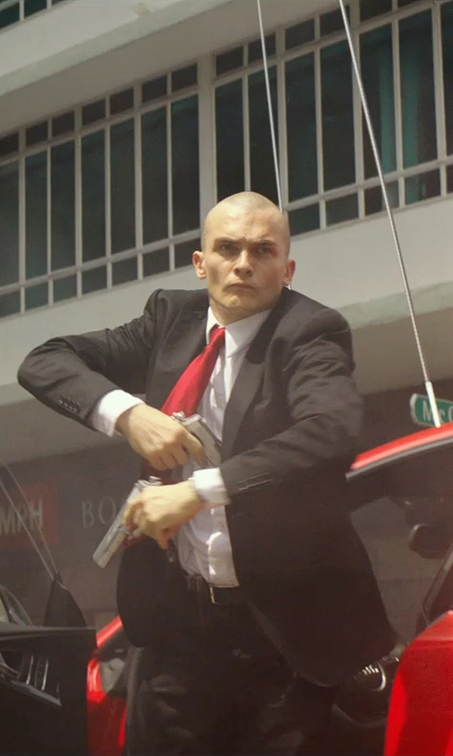 Rupert Friend with Hickey Freeman Peaked Lapel Worsted Wool Suit in Hitman: Agent 47