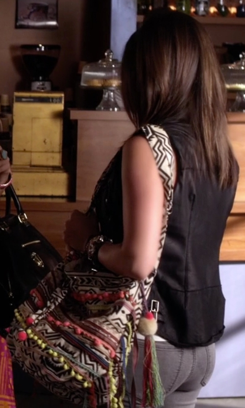 Lucy Hale with Journeys Aztec Print Boho Bucket Bag in Pretty Little Liars
