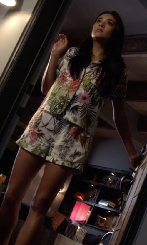 Shay Mitchell with Clover Canyon  Botanical Spring Short Pajama Set in Pretty Little Liars