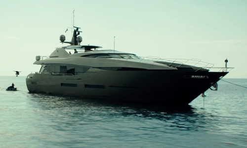 Unknown Actor with Sunseeker Take 5 Deep Vee Yacht in The Transporter: Refueled